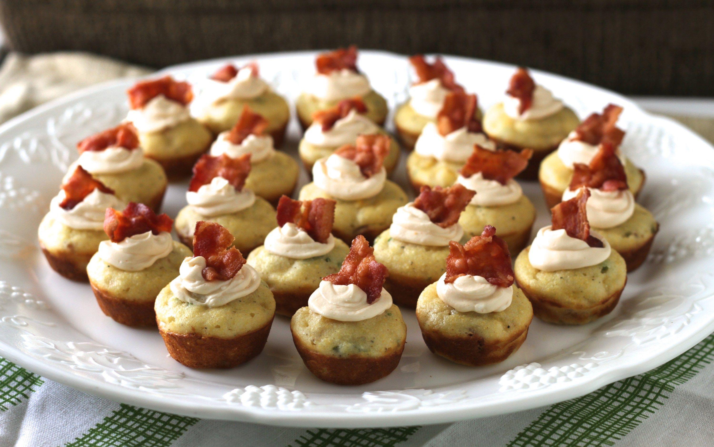 Mini Corn Muffins W/Bacon, Chives & Spicy Cream Cheese