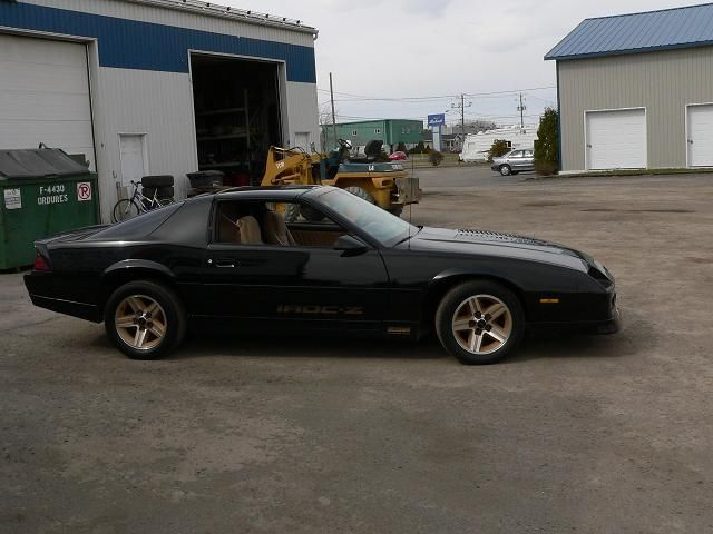 Pin By Rhys Hansen On Money Pits With Images Chevrolet Camaro Chevrolet Camaro Iroc