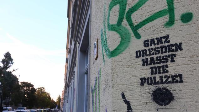 Tag der Deutschen Einheit De Maizière fordert gesellschaftlichen Konsens ... - Tagesspiegel