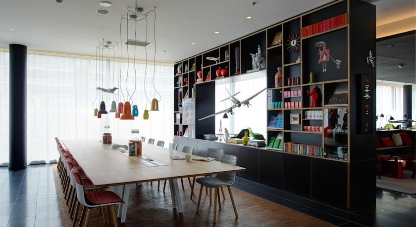 Hotel citizenM CDG, Roissy, France - Booking Lucy Pinterest - design hotel citizenm london