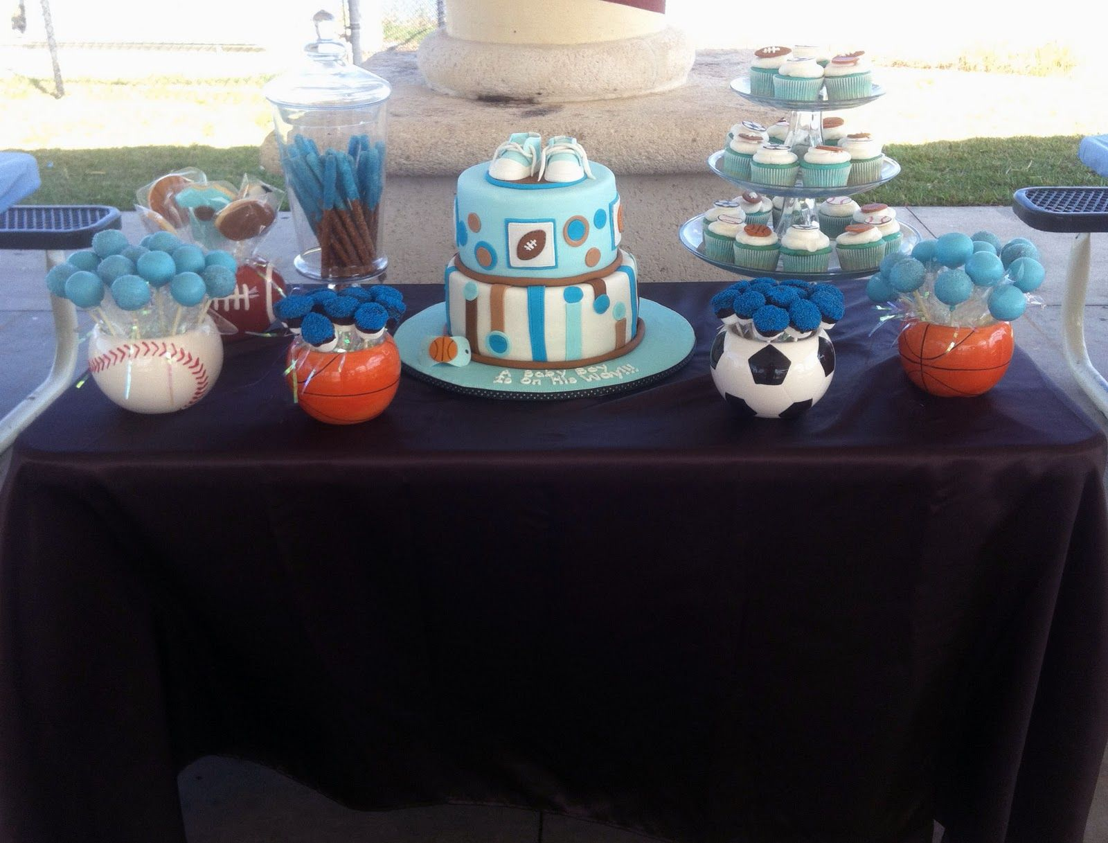 Leelees Cake Abilities: All Star Sports Theme Cake And Goodies · Baby Shower  ...