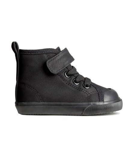 H&M Black High Tops | Baby boy shoes, Newborn outfits ...