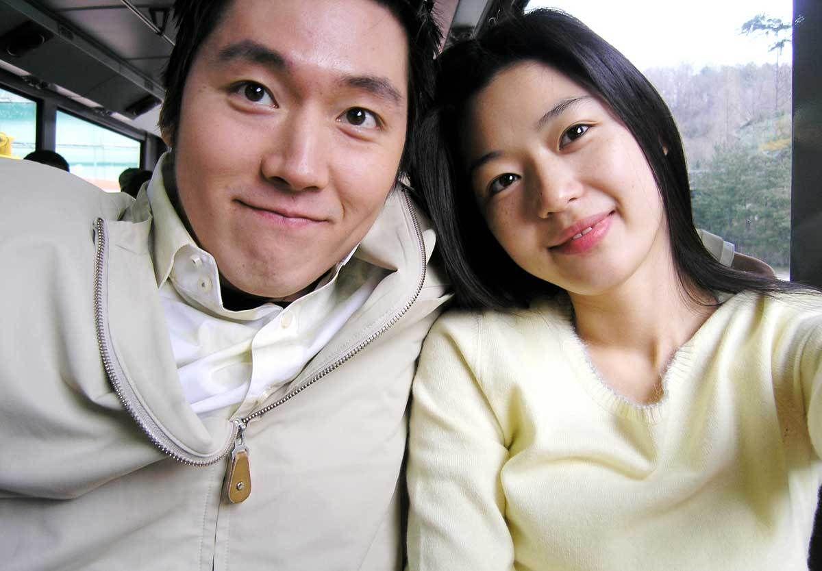 Jang Hyuk Wife Kim Yeo Jin In 2020 Jun Ji Hyun Husband Jang Hyuk Korean Actresses