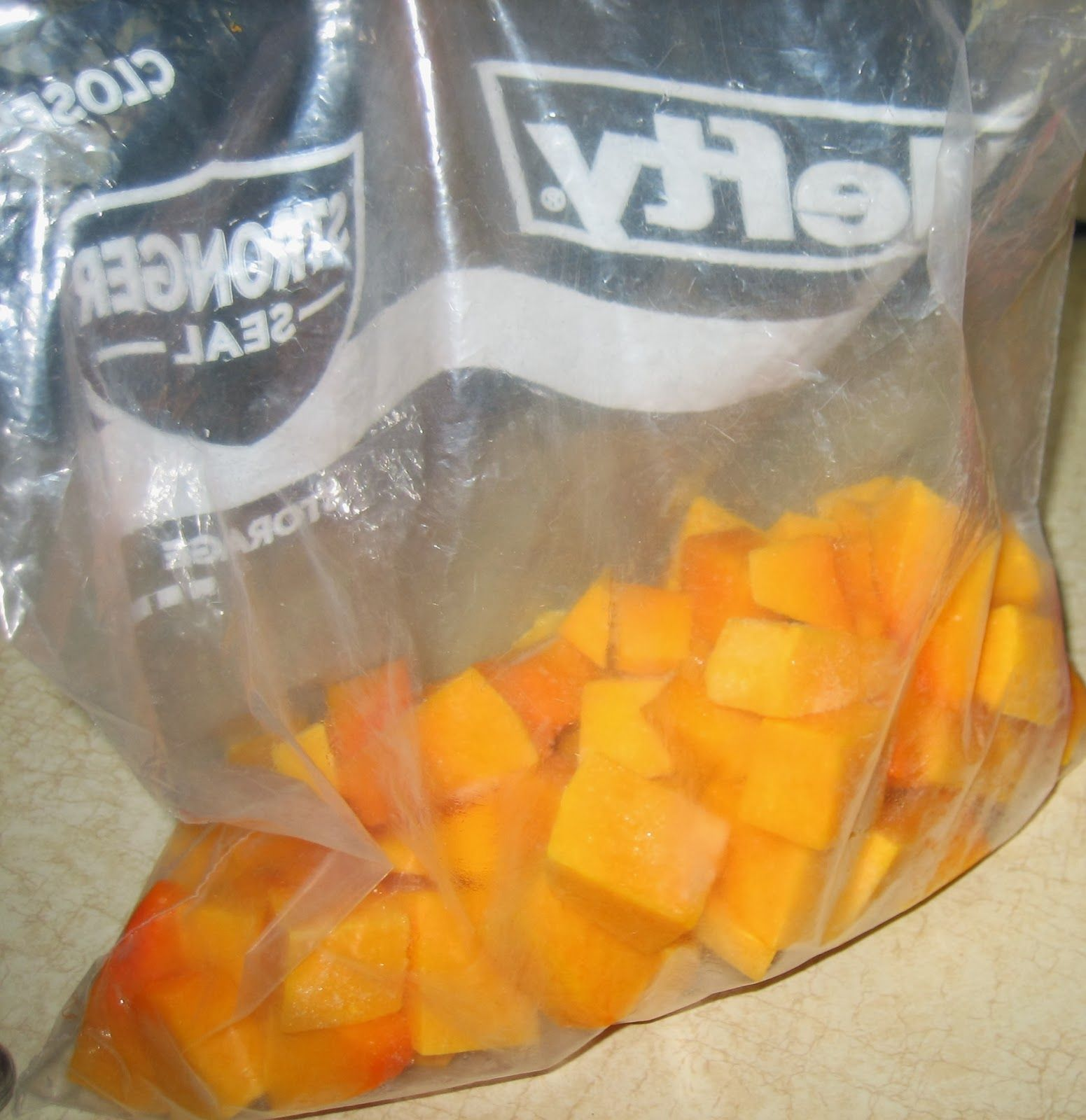 Oh What A Gem How To Freeze Butternut Squash Frozen Butternut Squash Butternut Squash Butternut Squash Cubes