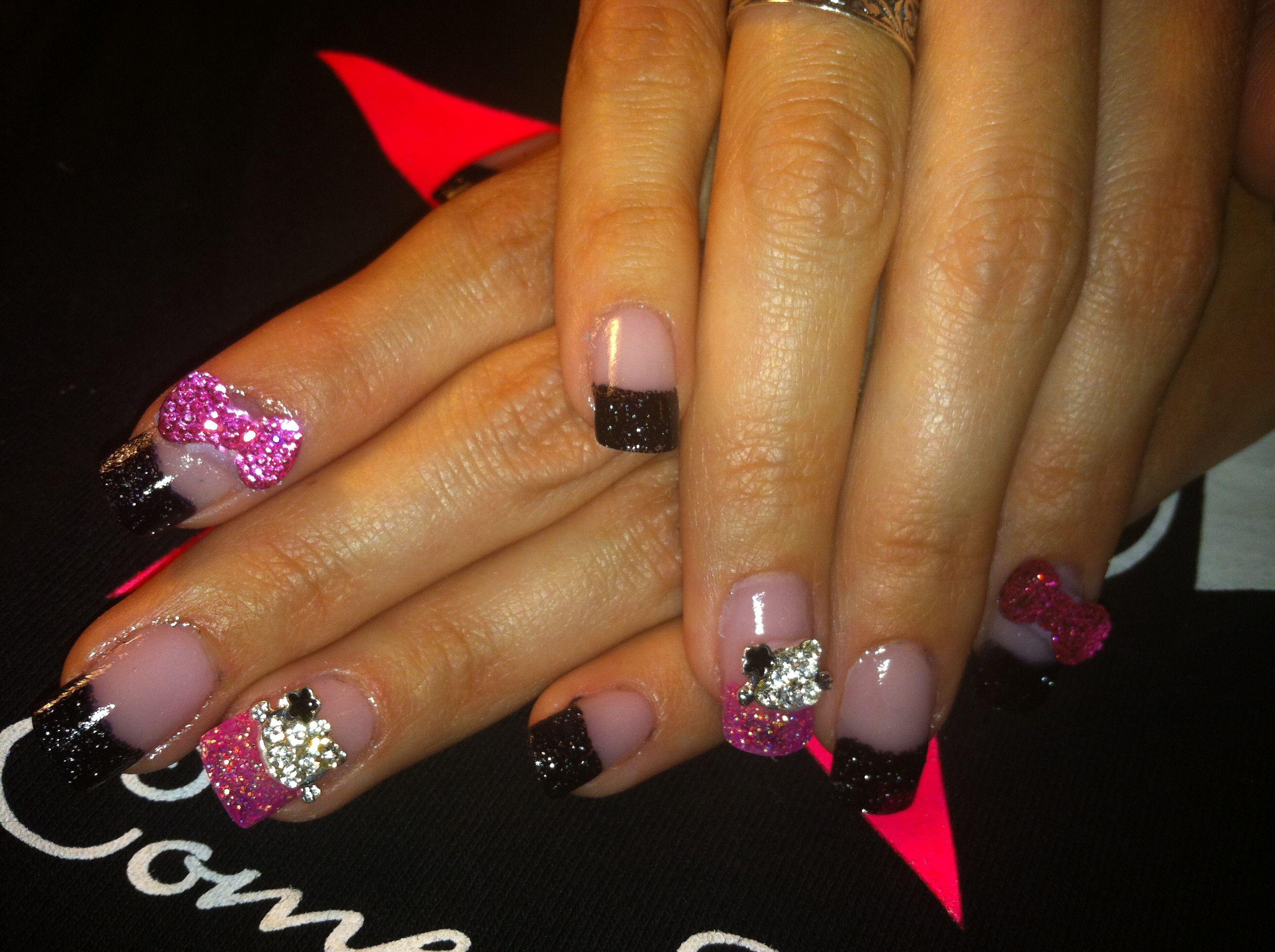 Hello kitty acrylic nails.   Hello kitty nails, Nails, Cat ...