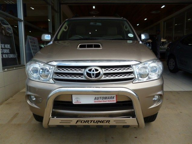 Lift Your Spirits Up With Our 2011 Toyota Fortuner Iii 3 0 D 4d
