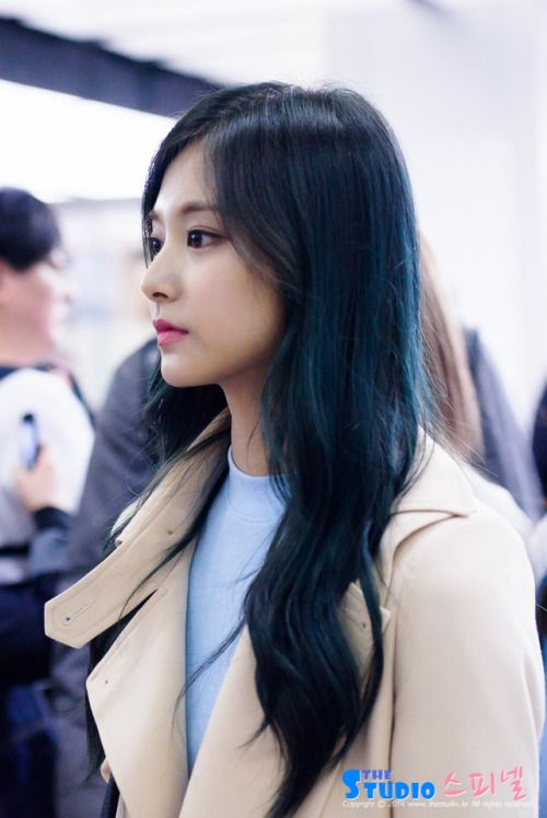 Twice Tzuyu Hair Styles Blue Hair Long Hair Styles