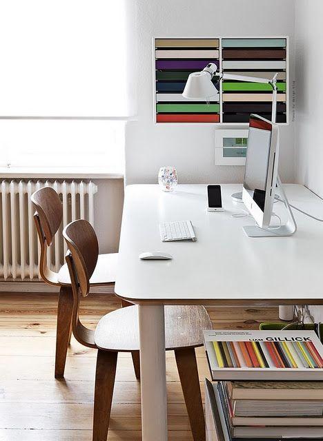 #apple #desk #picture