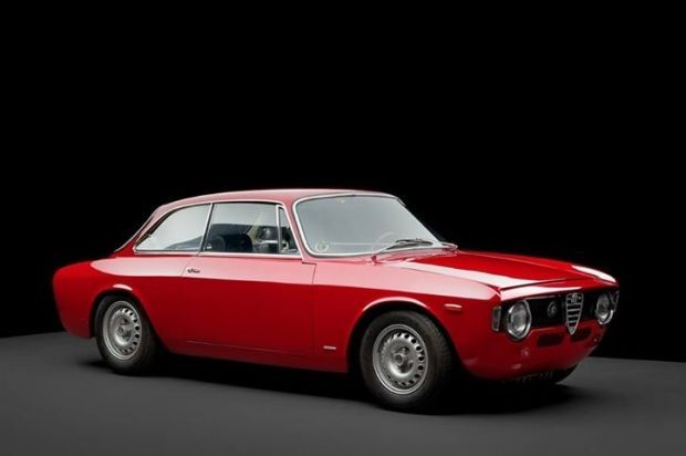 Alfa Romeo GTA Corsa This Sports Car Had Aluminium Outer Body - Alfa romeo body panels