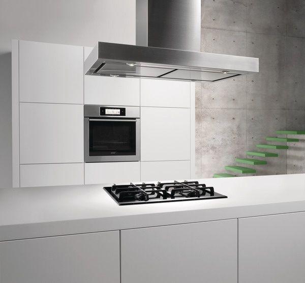 Gorenje Decorative hood    Hotte décorative GHI9X - Built-in oven - pose d une hotte decorative