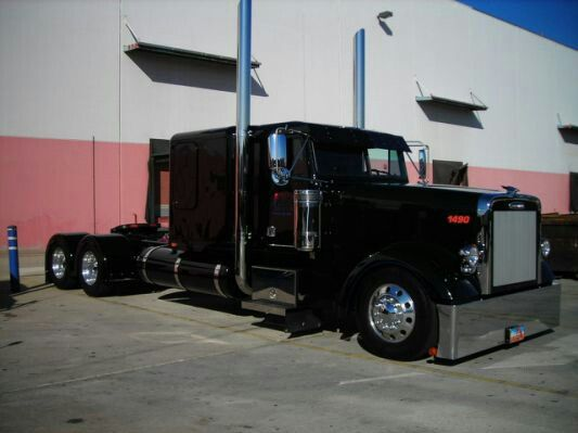 Freightliner Classic Flat Top Freightliner Trucks Freightliner Freightliner Classic