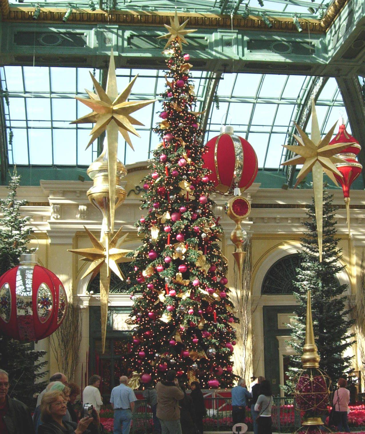 Bellagio Las Vegas Christmas Decorations   Psoriasisguru.com