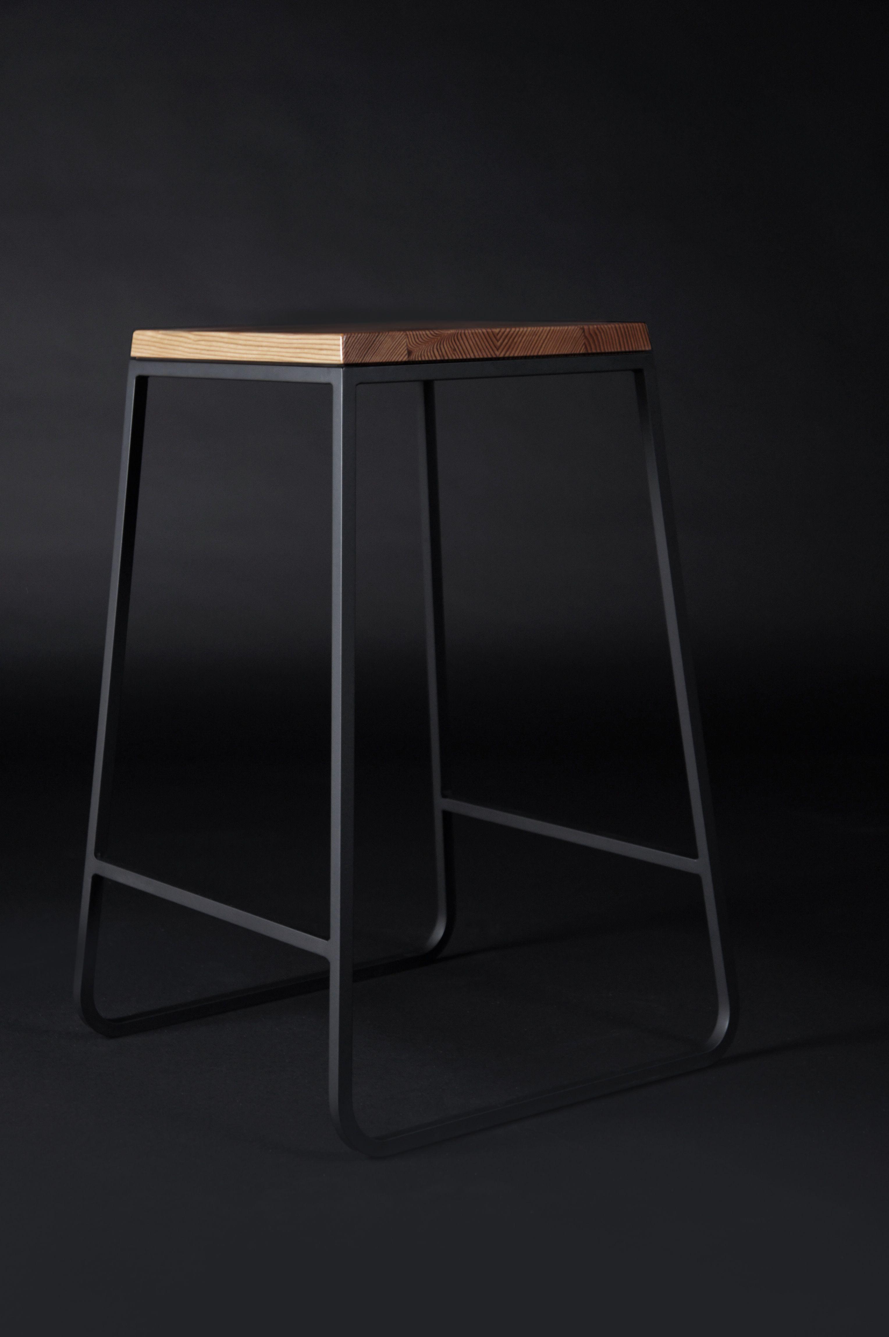 Tuft 1703 stool proyectos a intentar muebles muebles for Muebles de estilo industrial barato
