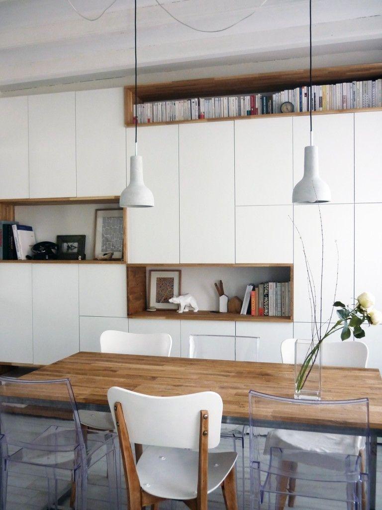 mur rangements blanc bois scandinave placard pinterest pi ces de monnaie livres et bureaux. Black Bedroom Furniture Sets. Home Design Ideas