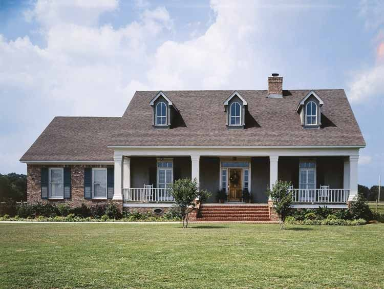 Eplans Low Country House Plan Romance Of A Colonial