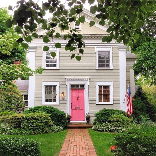 Pink Door Tan House White Trim Pink Could Also Be Smoky Turquoise Lavender Violet Royal Cobalt Blue Kelly Exterior House Colors Tan House House Exterior