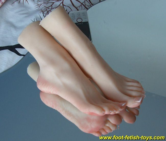 Female pointing toes fetish