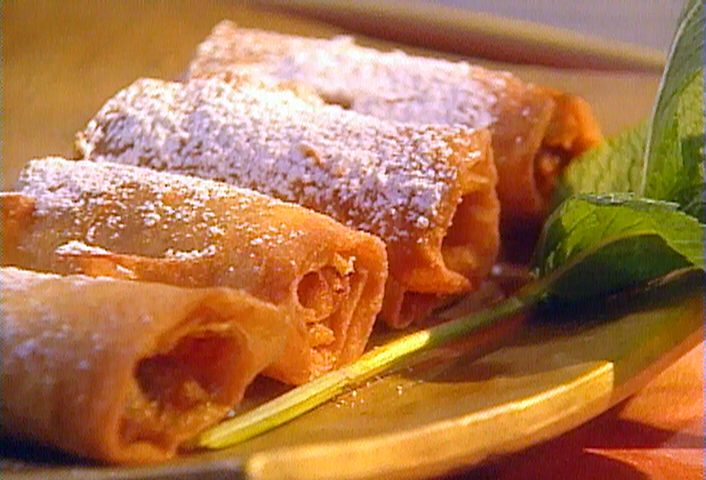 Caramel apple egg rolls recipe caramel apples caramel and egg caramel apple egg rolls forumfinder Image collections
