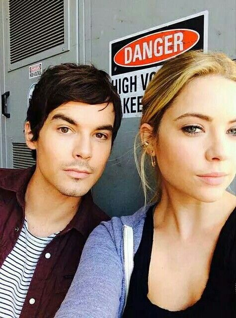 Hanna And Caleb Dating In Proper Life 2016