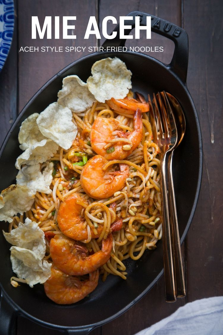 Mie Aceh Is A Spicy Stir Fried Noodle Which Is Slightly Saucy And With Great Flavors From All The Spices Ide Makanan Makanan Makanan Dan Minuman