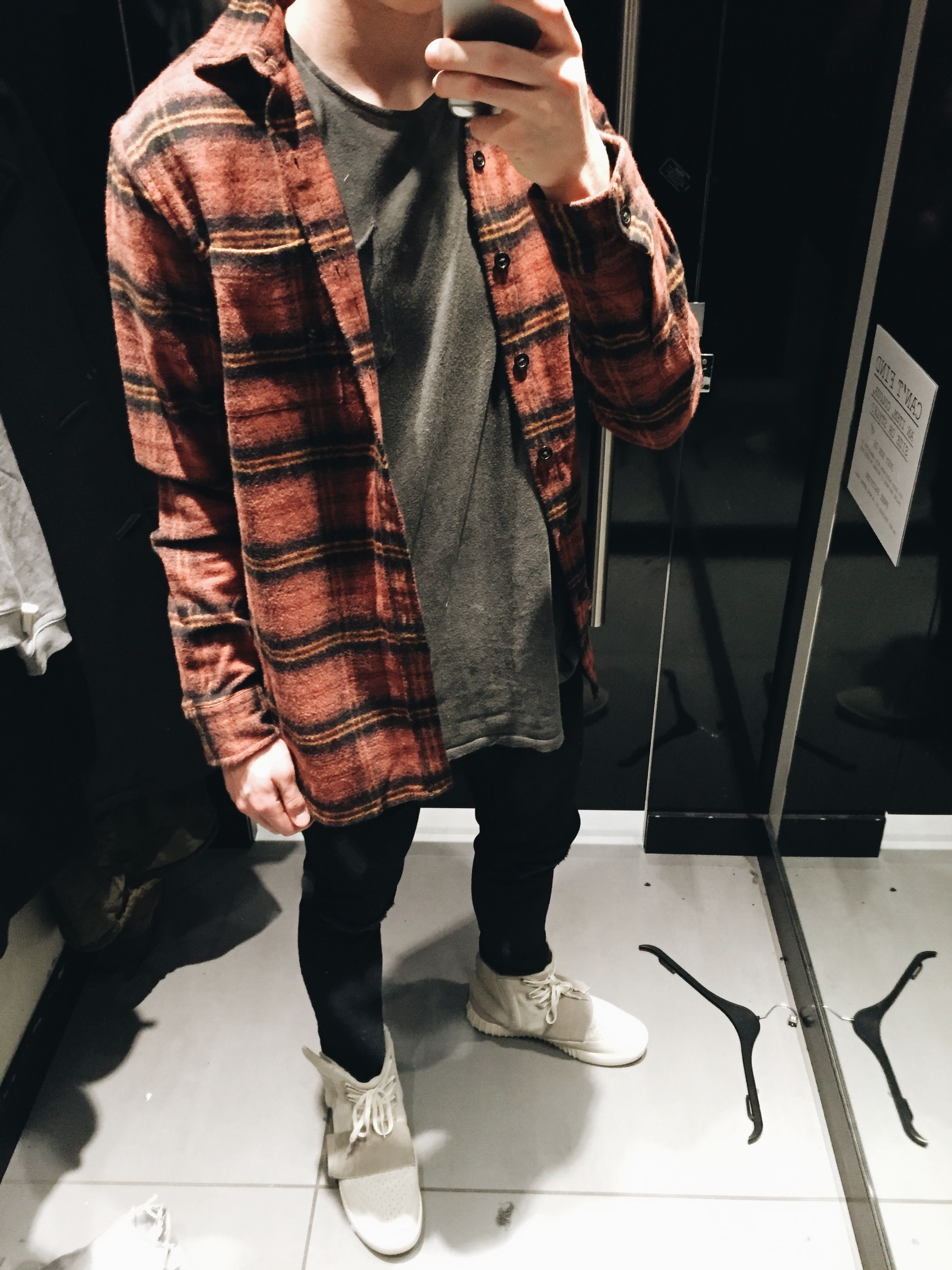 WDYWT - November 30, 2016 : streetwear