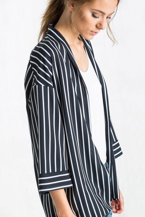 365ae2191 Kimono Fluido Estampado | Blazers y Kimonos de Mujer en Cortefiel ...