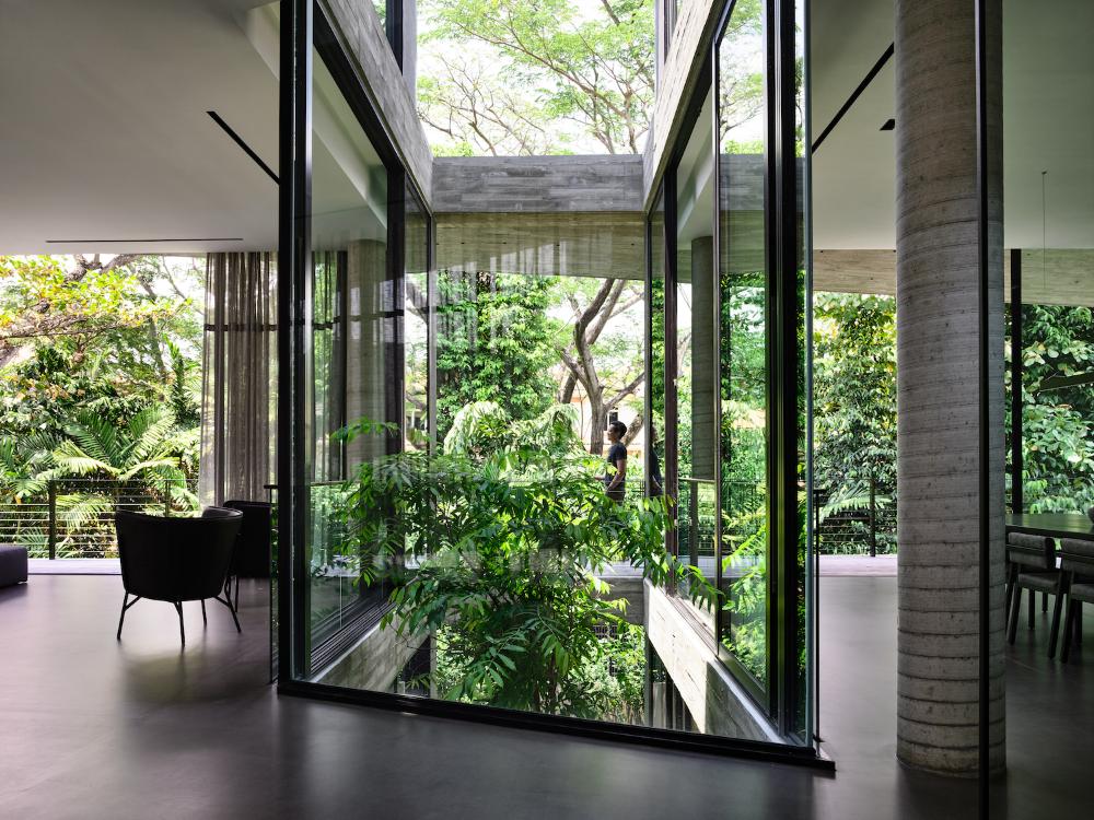 Stark House By Park Associates Global Interiors Est Living In 2020 Atrium Atrium House Architecture