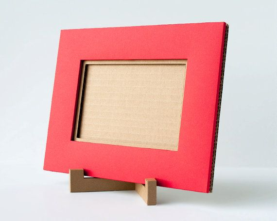 Handmade Cardboard Picture Frame: 4x6 Picture Red by Paperames | DIY ...