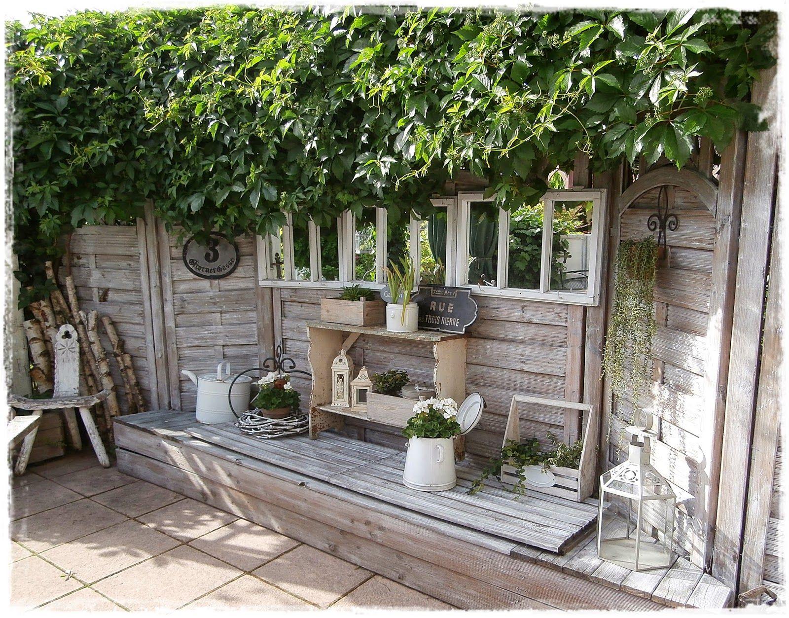 shabby landhaus die vielen gesichter meiner terrasse sichtschutz sitzplatz gartenideen. Black Bedroom Furniture Sets. Home Design Ideas