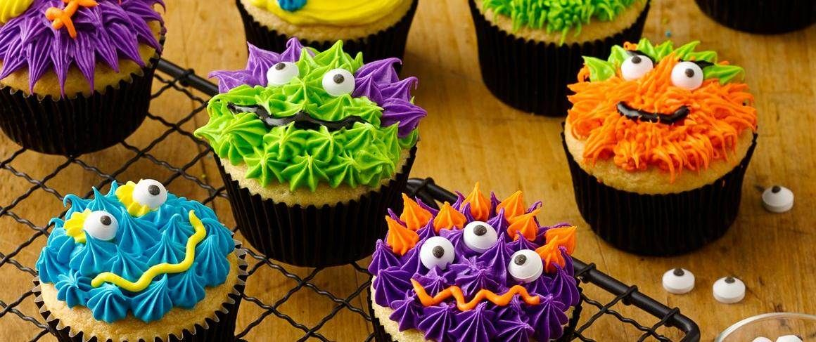 Scary Monster Cupcakes Recipe Cake mixes, Scary and Frosting - halloween decorated cakes