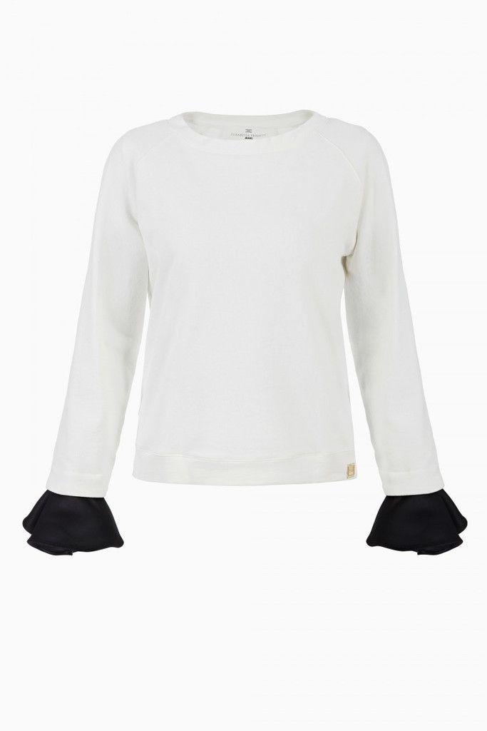 Comoda maglia bianca in cotone della FW2015 di Elisabetta Franchi, manica  lunga, colore bianco