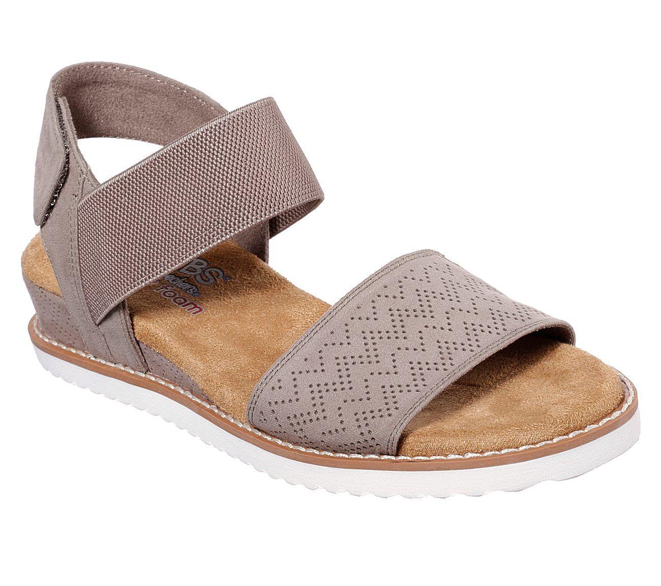 aee6b0589a5 BOBS Desert Kiss | Happy Feet | Bob shoes, Sandals, Comfortable sandals
