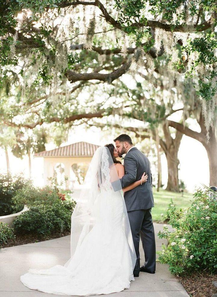 Romance and Radiance in Coastal Florida Wedding - MODwedding