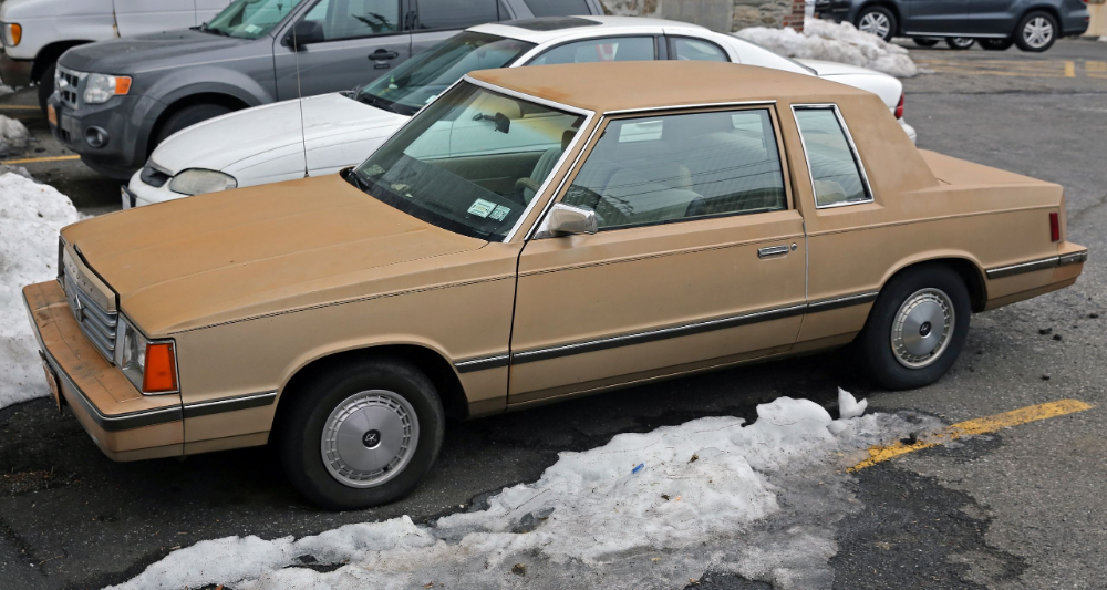 1984 Dodge Aries Coupe Front Left Plymouth Reliant Wikipedia