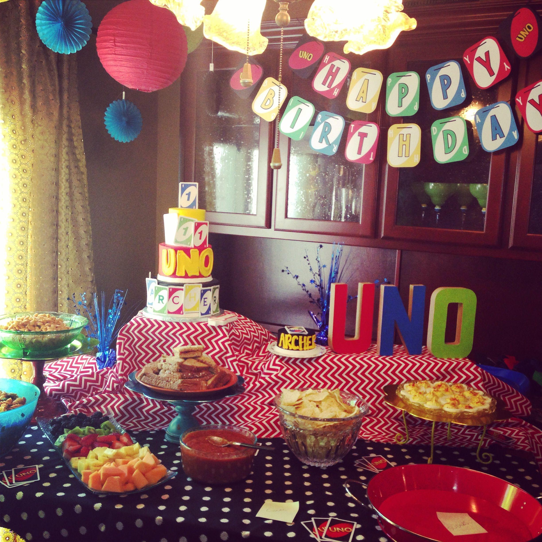 UNO Party Table | {UNO Birthday Party} | Birthday, Birthday
