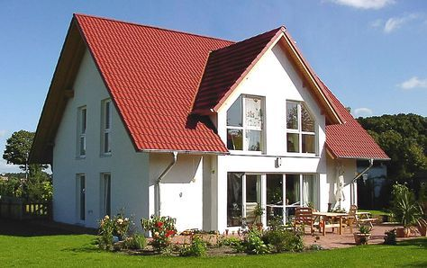 Einfamilienhaus satteldach zwerchgiebel  einfamilienhaus satteldach zwerchgiebel - Google-Suche ...
