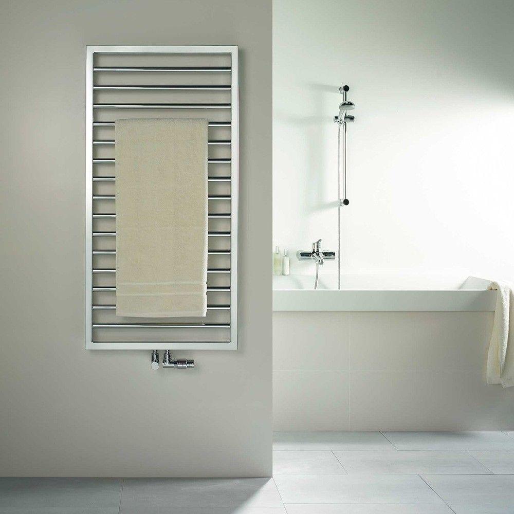 Le SUBWAY de #Zehnder : le #design simple, le plaisir absolu.  Ce #radiateur se distingue par ses lignes �pur�es � l?extr�me.