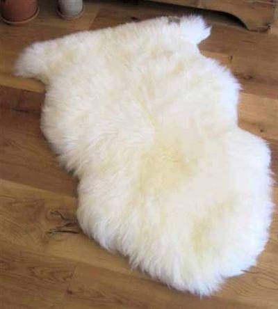 White Ivory Sheepskin Rugs From Sheepskinstuff Com White