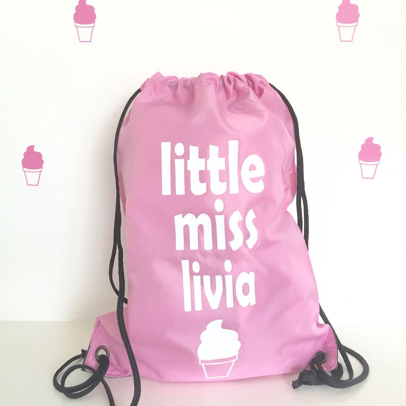 7b56221e410 Tas met ijsje en naam! #gymtas #schooltas #opvangtas #kindertas #suzyb