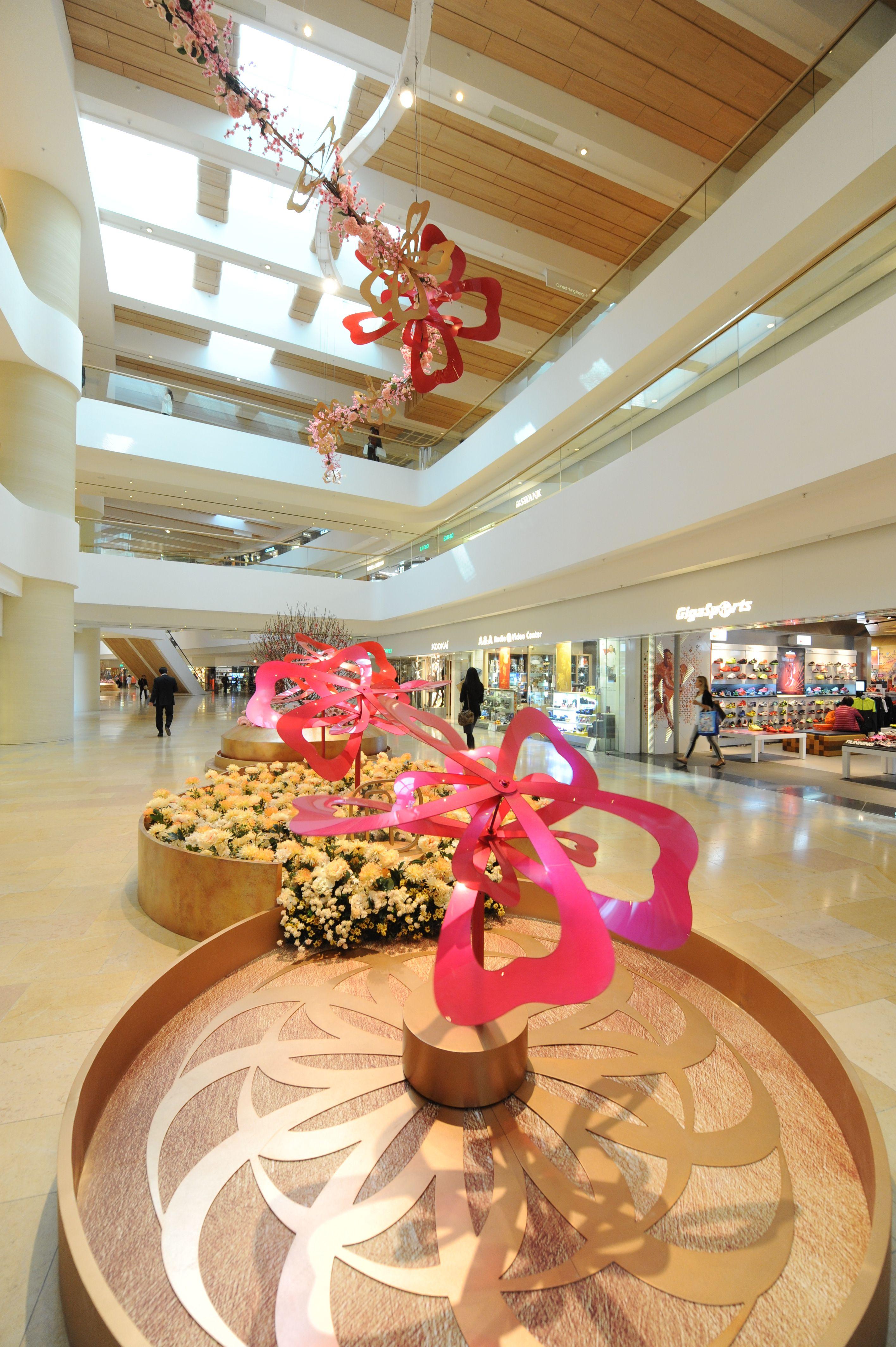 Pacific Place, Hong Kong 2013 | Mall design, Mall decor ...