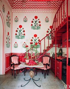 A Fashion Star Turned Interior Designer Lives In This Opulent Indian Apartment Home Design Home Decor
