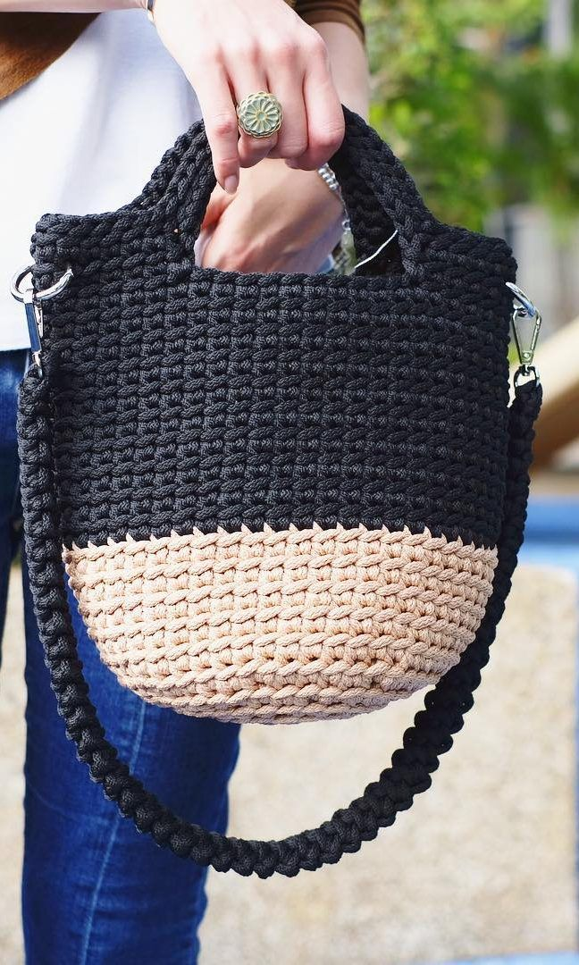 35+ Free Crochet Bag Patterns, You can make fabulous bags in 3 days New 2019 – Page 4 of 36