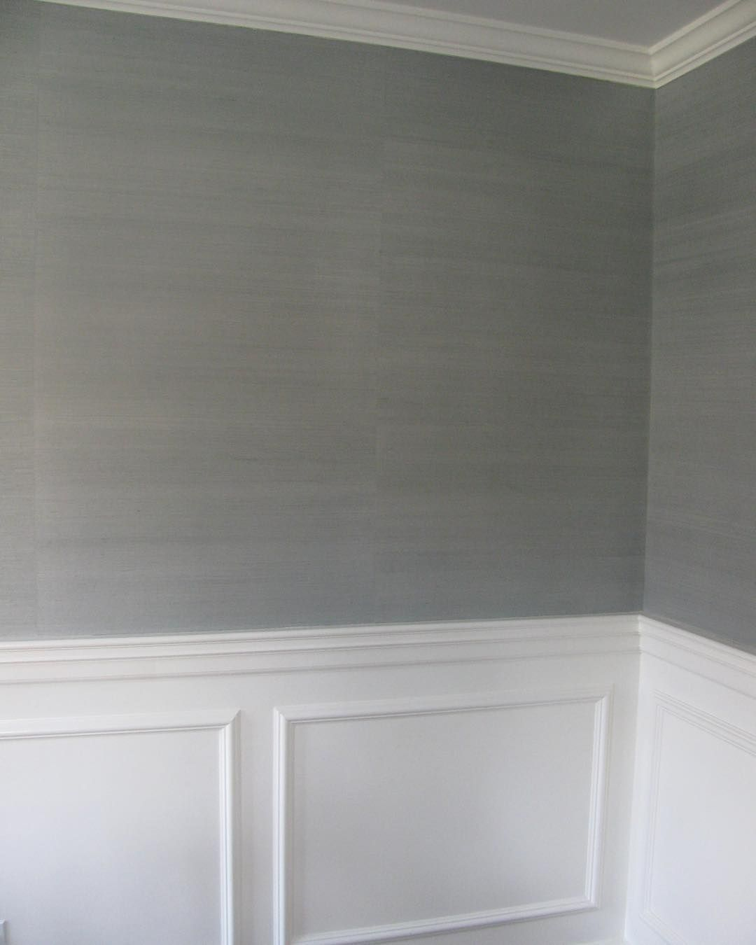 Painting over grasscloth wallpaper -  Dinning Room Grasscloth Wallpaper Thibaut_1886 Shang Extra Fine Sisal In Slate Love The