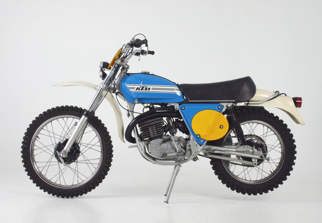 ktm gs 125 1974 bikes pinterest motocross bikes. Black Bedroom Furniture Sets. Home Design Ideas