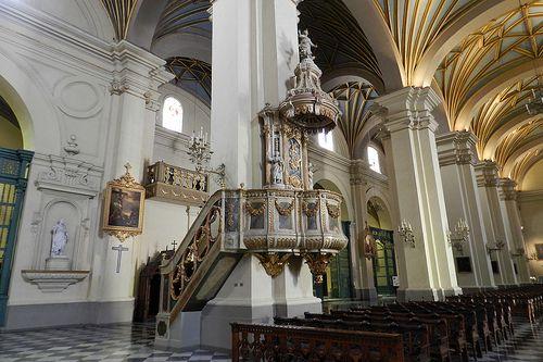 Peru Lima Pulpito Interior Catedral De Lima 04 Beautiful Places Peru Places