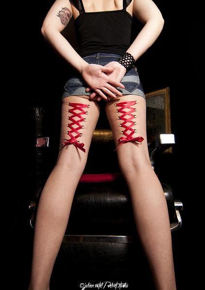 thigh corsets piercing performance tat me up corset. Black Bedroom Furniture Sets. Home Design Ideas