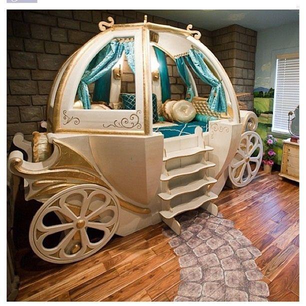 Carriage bed by Posh Tots @poshtots #poshtots - Interior Design