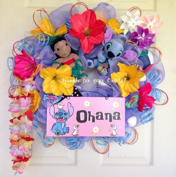 Beautiful Lilo&Stitch Wreath