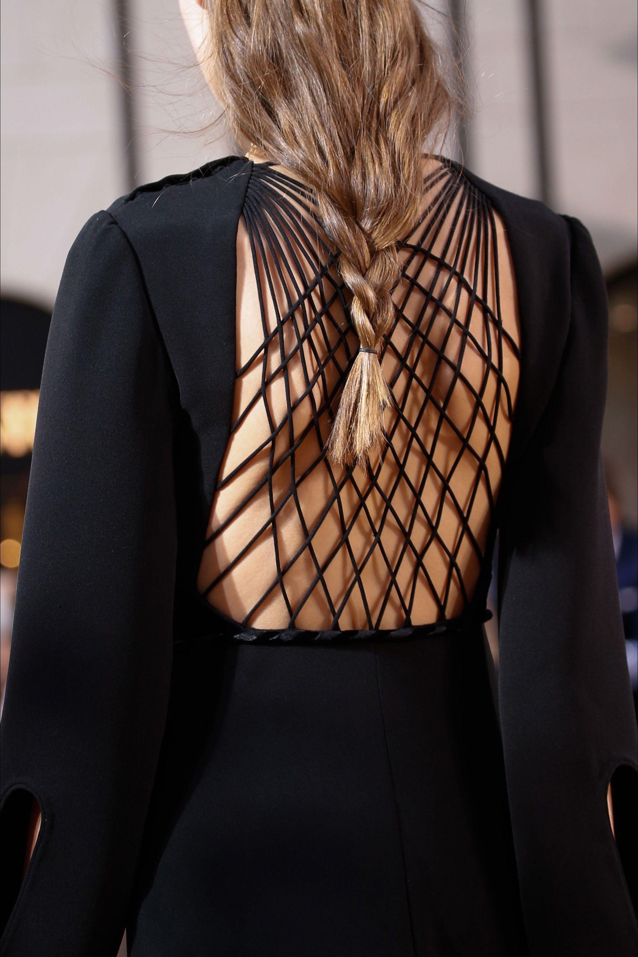 Sfilata Valentino Roma - Alta Moda Autunno-Inverno 2015-16 - Vogue