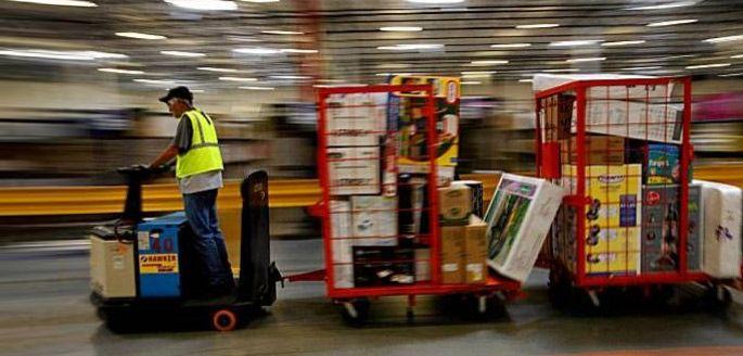 Amazon venderá livros físicos no Brasil, diz jornal